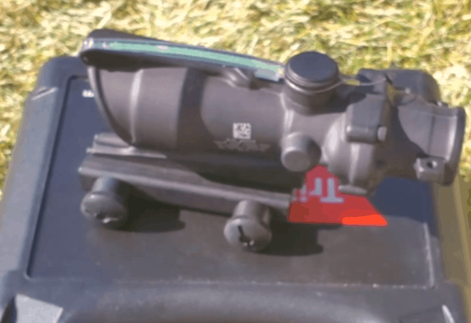 Trijicon ACOG Scope - Tactical Riflescope with illuminated red dot reticle not needing a battery