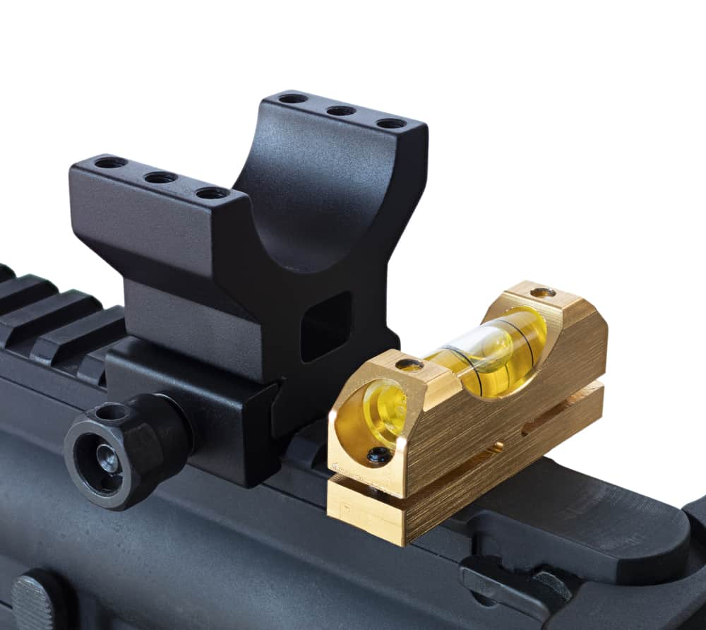 Adjusting the base of the riflescope rings